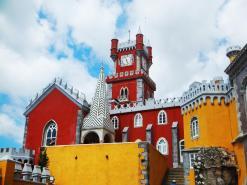 castle-lisbon-sintra-palace-